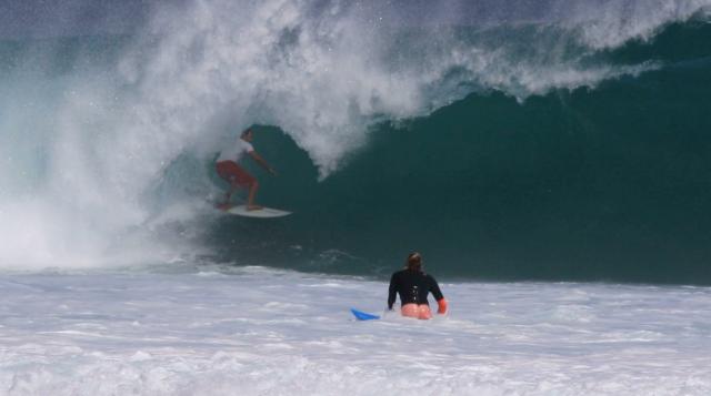 Surfista: Felipe Oliveira - Local: Desert Point, Indonésia - Cinegrafista: Bruno Koplin