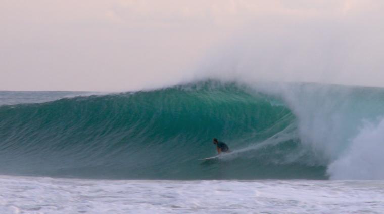 Surfista Thiago Rausch - Local: Puerto Escondido, México - Cinegrafista: Mike Levy
